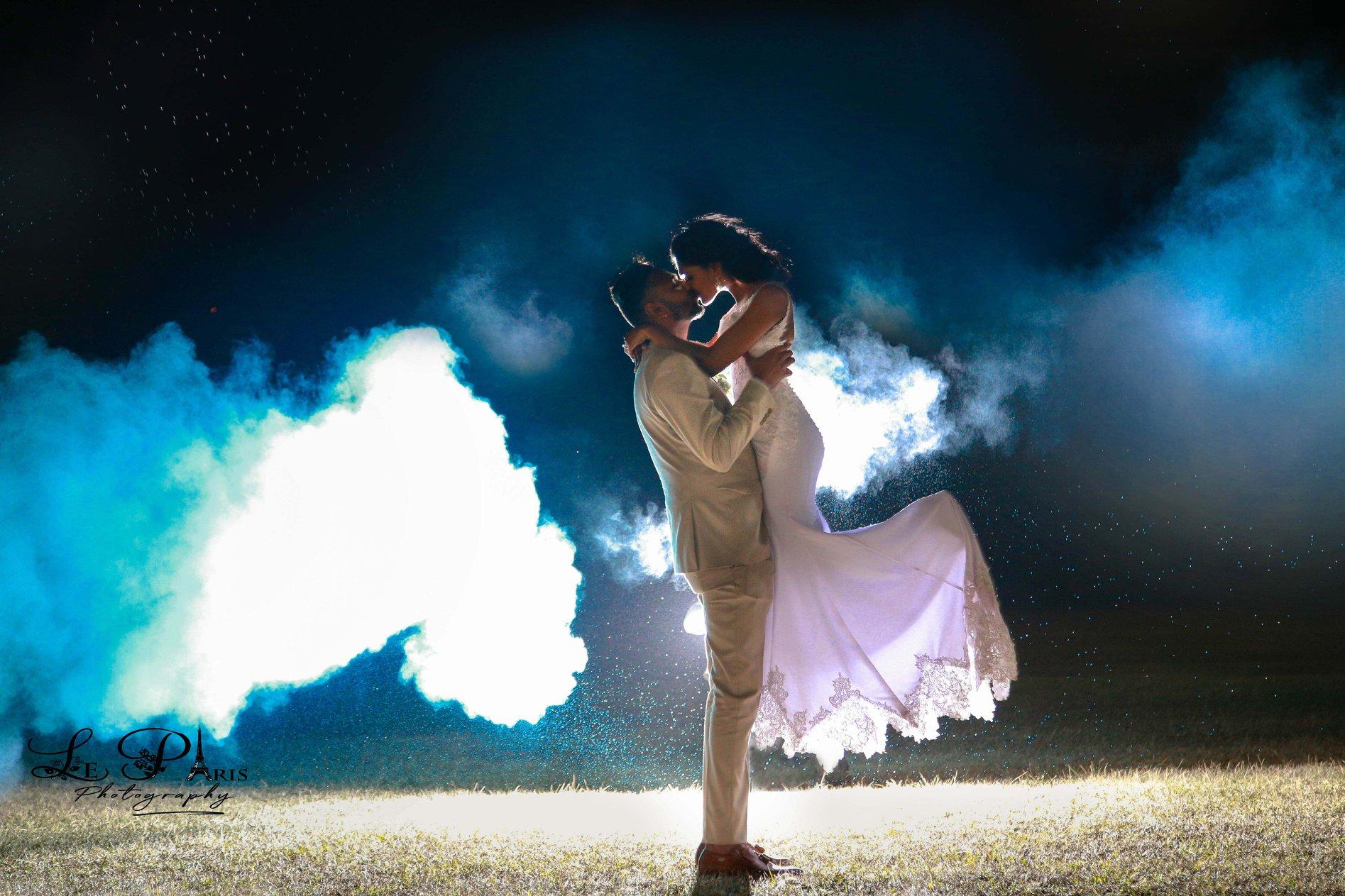 WHITE WEDDING - cover